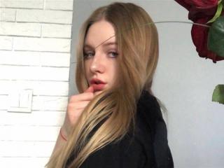 blondeMINDY
